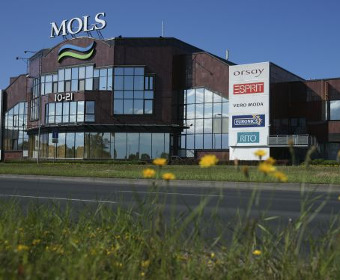 "Shopping center ""Mols"""